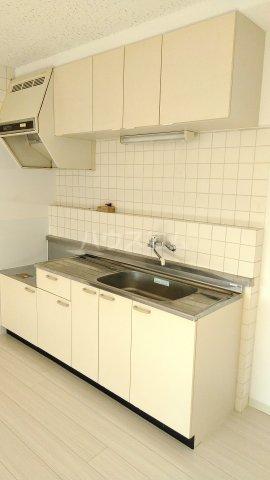 神宮スカイハイツ 113号室のキッチン