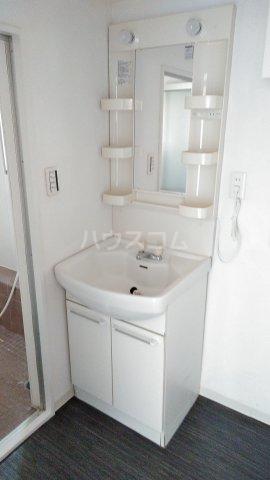 神宮スカイハイツ 113号室の洗面所
