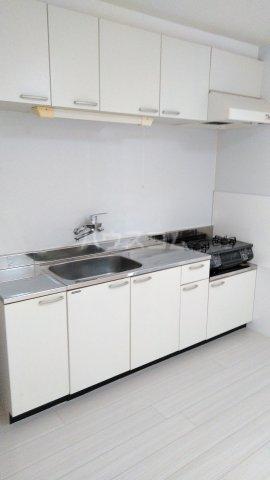 神宮スカイハイツ 218号室のキッチン