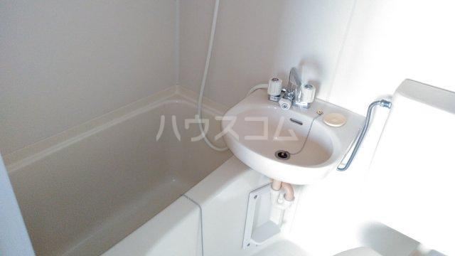 ゼロジーブロック 210号室の風呂
