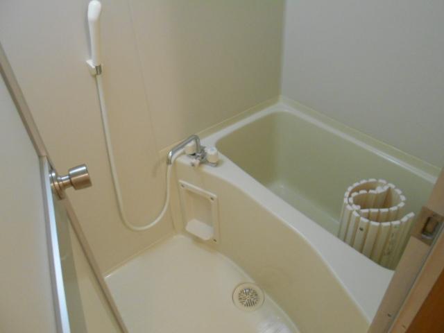 プレジール 203号室の風呂