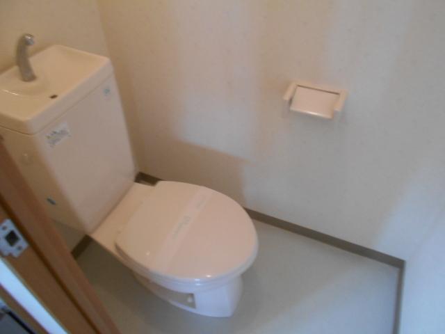 プレジール 203号室のトイレ