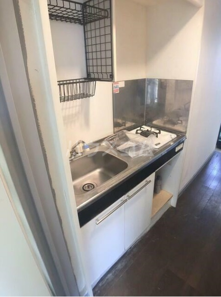サンウッドパレス 201号室のキッチン