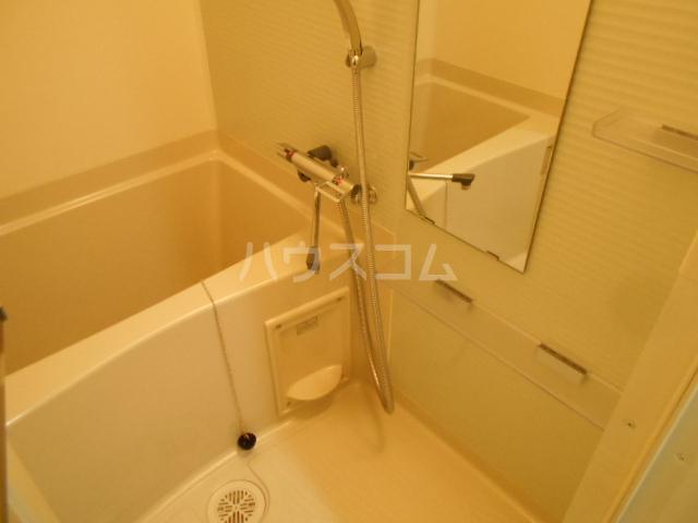 AXAS上板橋 102号室の風呂