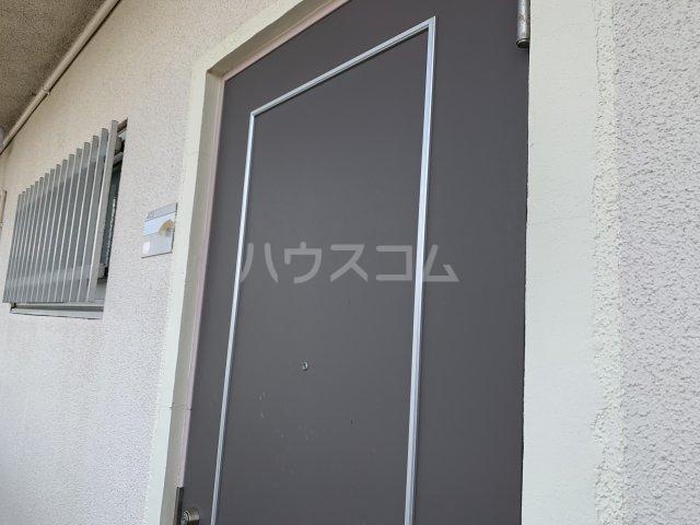 飯田マンション 402号室の玄関