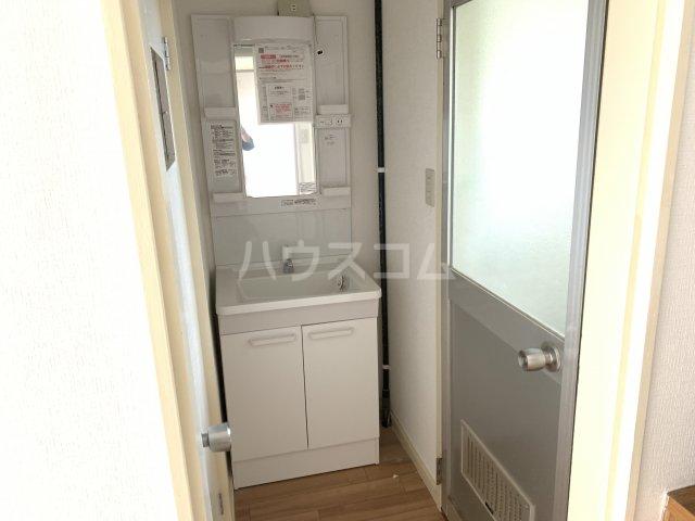 飯田マンション 402号室の洗面所
