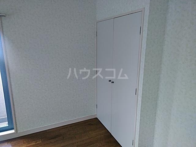 ヨコハマトラディショナルビュー 205号室の収納