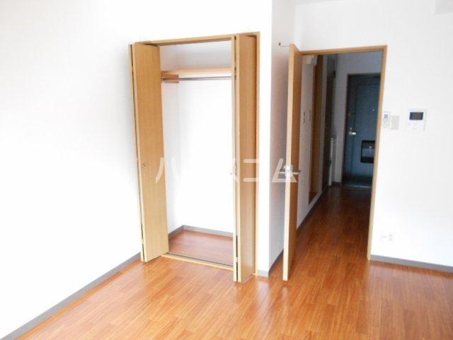 ウィステリア壱番館 302号室の収納