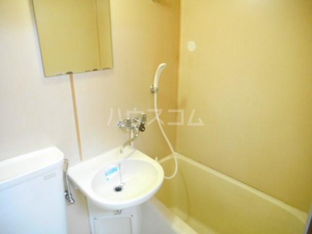 グリーンベルⅠ 22号室の風呂