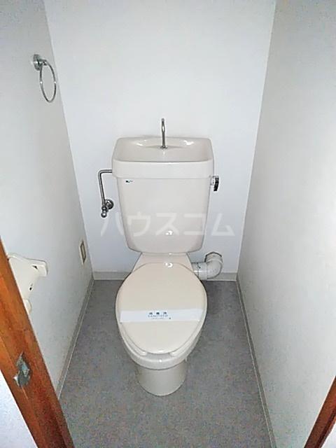 ピアメゾン鹿子 201号室のトイレ