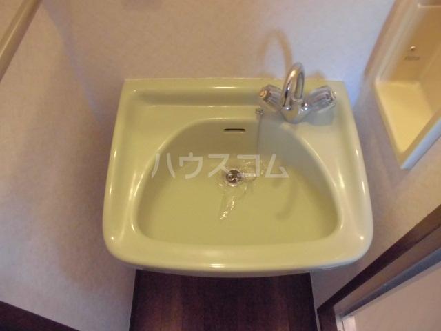 エステートモアイーストパーク 508号室の洗面所