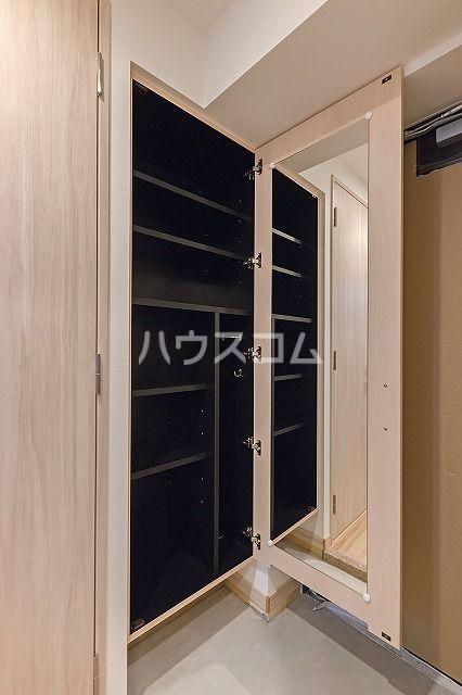 ザ・レジデンス博多 806号室の玄関