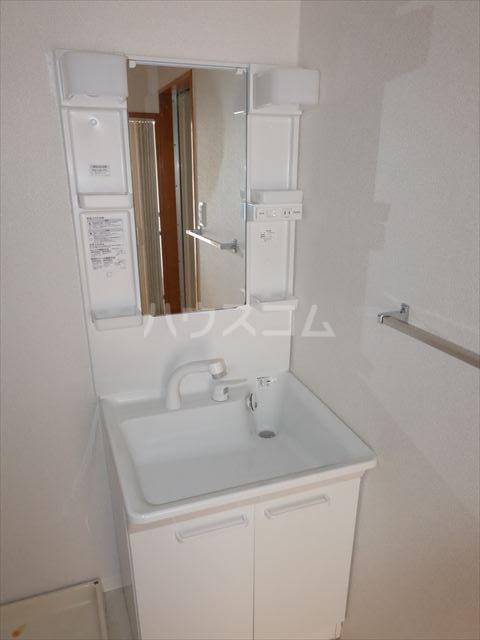 スターハイツⅢ 103号室の洗面所