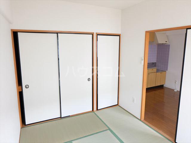 スターハイツⅢ 103号室の居室
