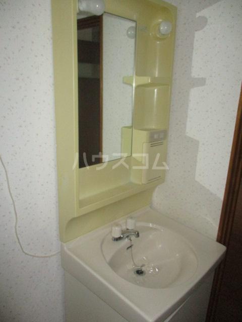 コーポ高幸 104号室の洗面所