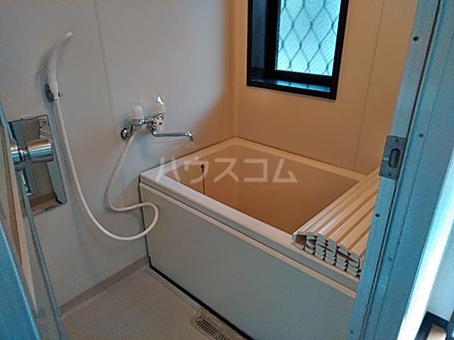 シティハイムいずみⅠ 201号室の風呂