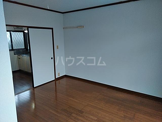 シティハイムいずみⅠ 201号室の居室