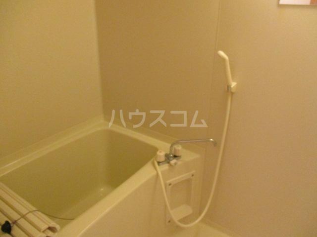 グレースヒルズ 302号室の風呂