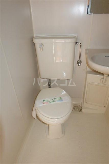 エトワール宇都宮第3 404号室のトイレ