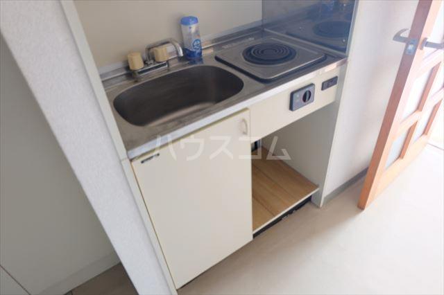 エトワール宇都宮第3 404号室のキッチン