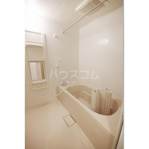 メゾンドール・エル 101号室の風呂