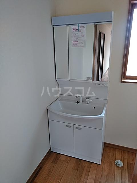 下岡本戸建第9期の洗面所