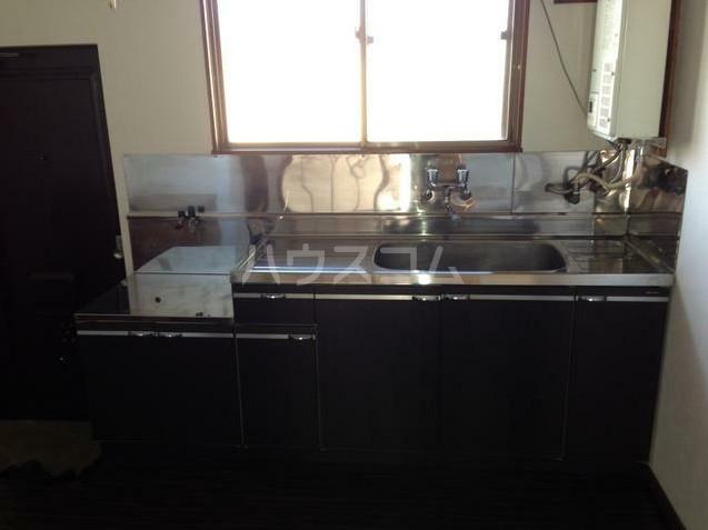 アンメゾンワコー 205号室のキッチン