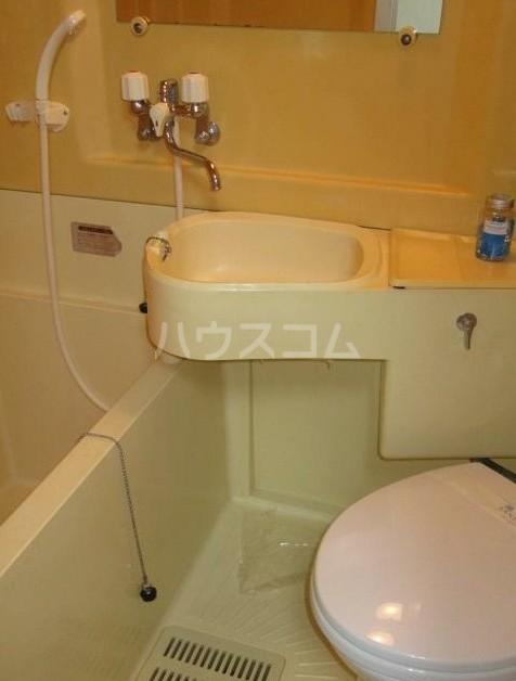 アンメゾンワコー 205号室のトイレ