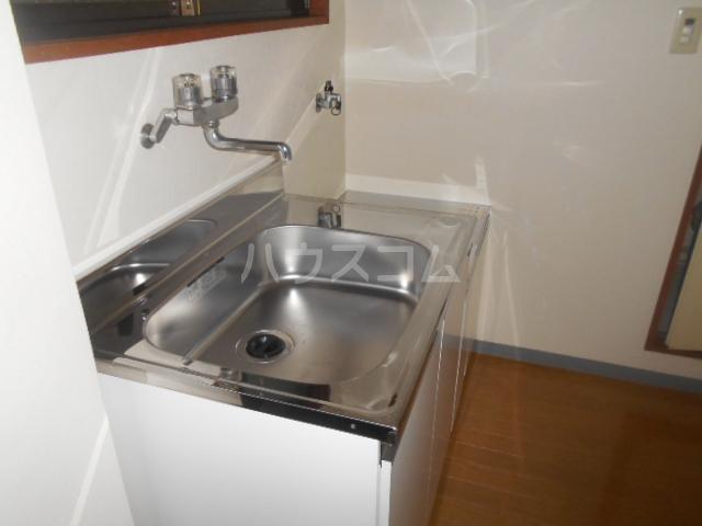 サンヒルズ飯塚 206号室のキッチン