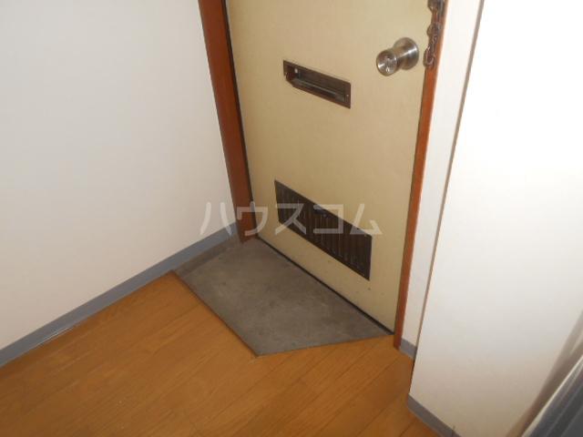 サンヒルズ飯塚 206号室の玄関