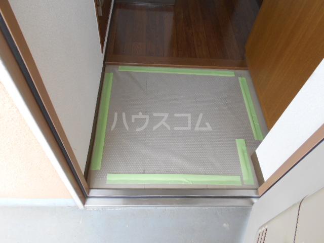ベルサージュ21 303号室の玄関