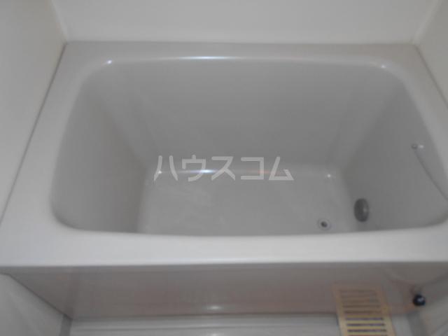 ベルサージュ21 303号室の風呂