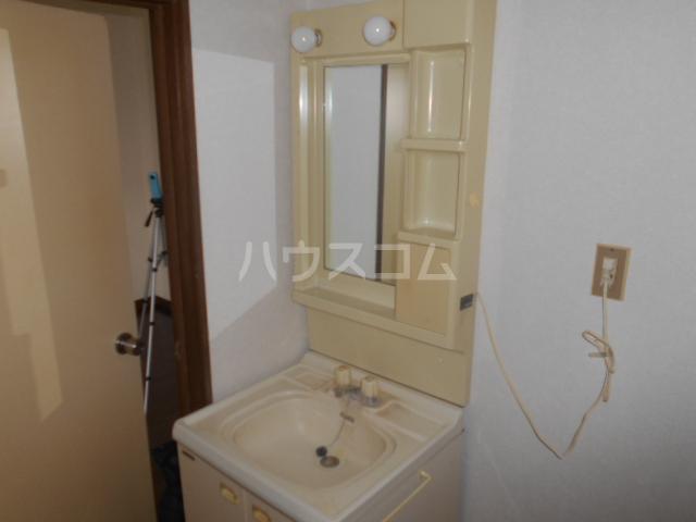 下城ハイツC 103号室の洗面所