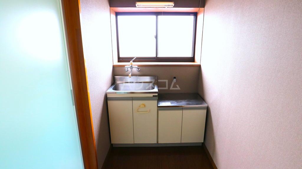 OKハイツ茂呂 19号室のキッチン