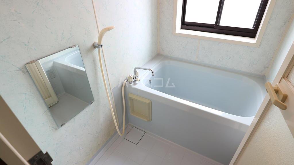 OKハイツ茂呂 19号室の風呂