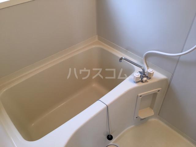 シャレル山王 41号室の風呂