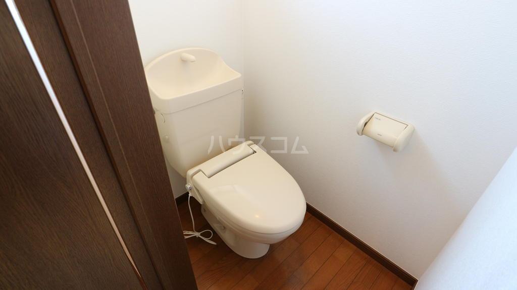 シャレル下蓮K 33号室のトイレ