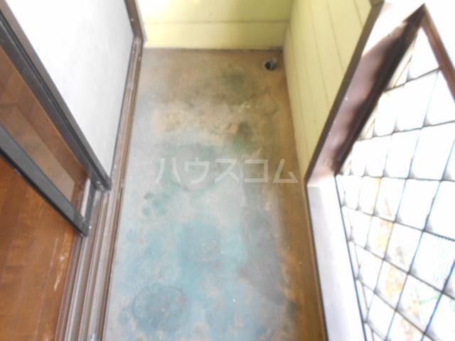 下城ハイツD 203号室のバルコニー