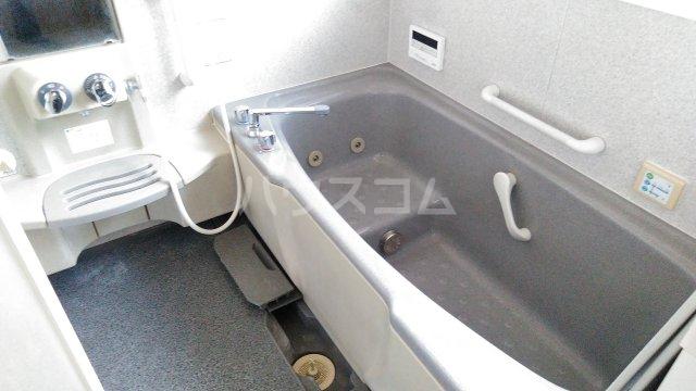 東小保方町戸建住宅の風呂