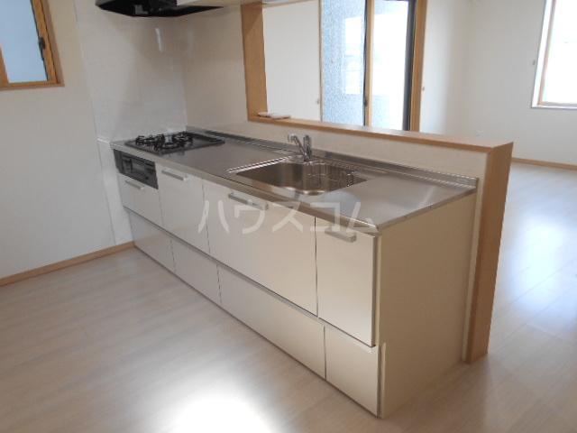 アトリスレジデンスB 1号室のキッチン
