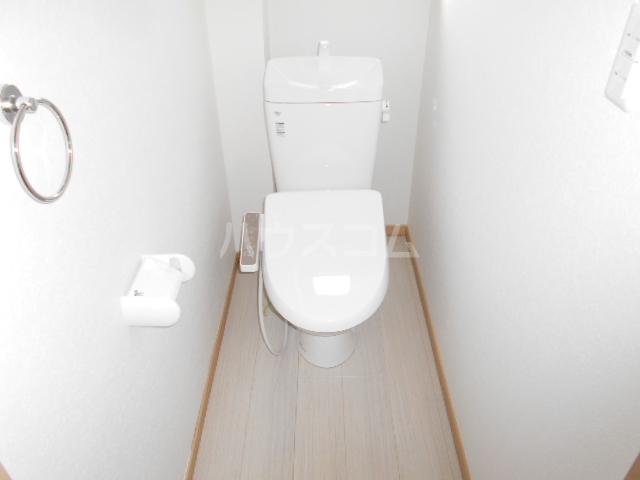 アトリスレジデンスB 1号室のトイレ