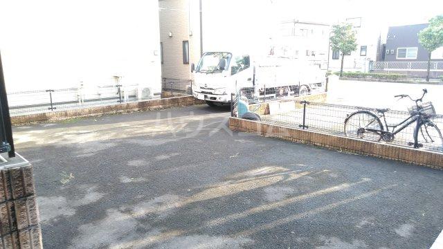 マルイハウス第3の駐車場