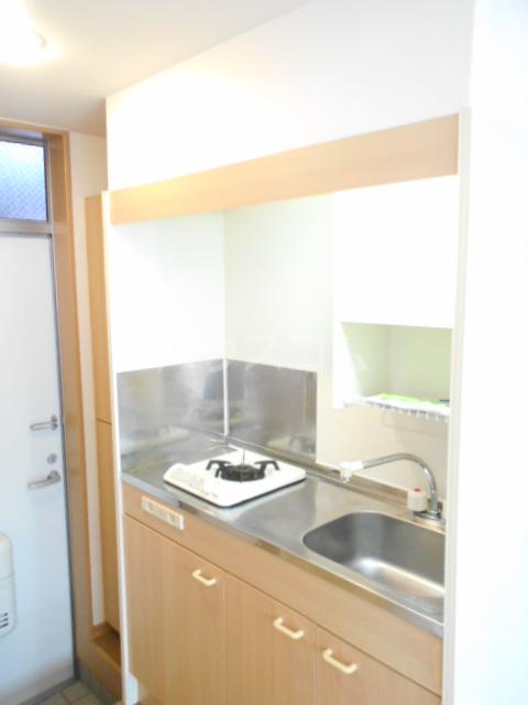 ボートハウス平尾 106号室のキッチン