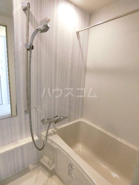 エンクレスト博多GATE 1408号室の風呂