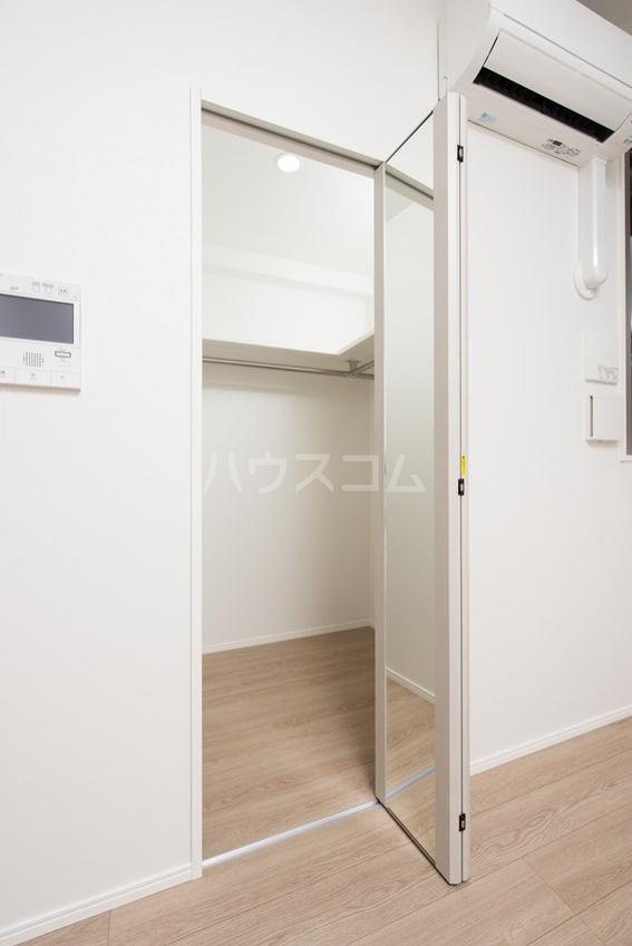 エンクレスト博多GATE 1408号室の収納