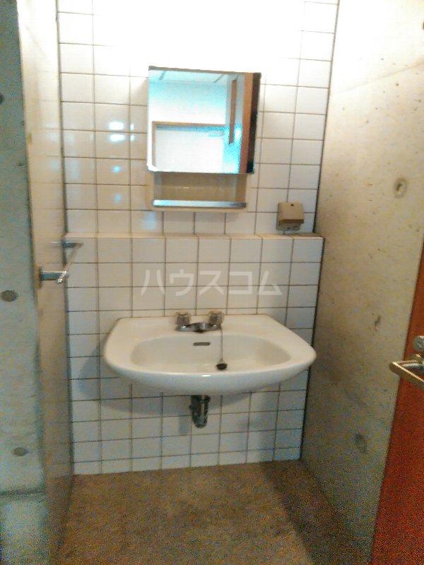 マリンハウス 301号室の洗面所
