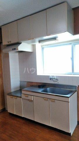 シャトレ高良 301号室のキッチン