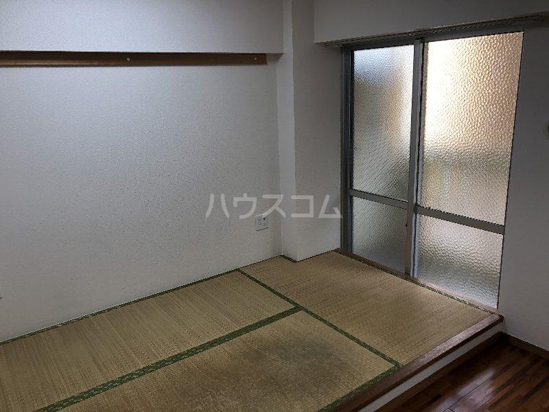 宮里マンション 306号室の居室