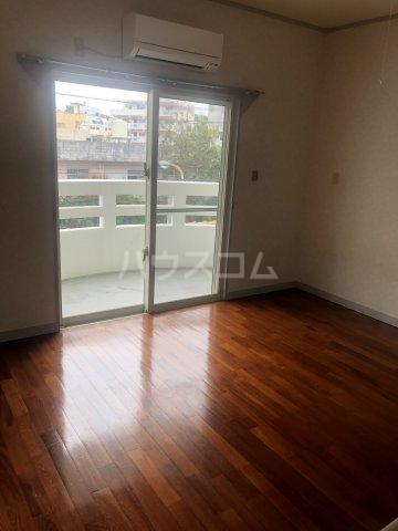 シティパレス 3-B号室の居室
