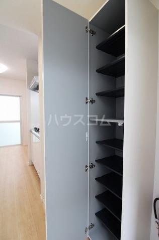 Hana House-Ona 203号室の収納